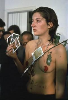 Marina Abramović, Rhythm 0, 1974